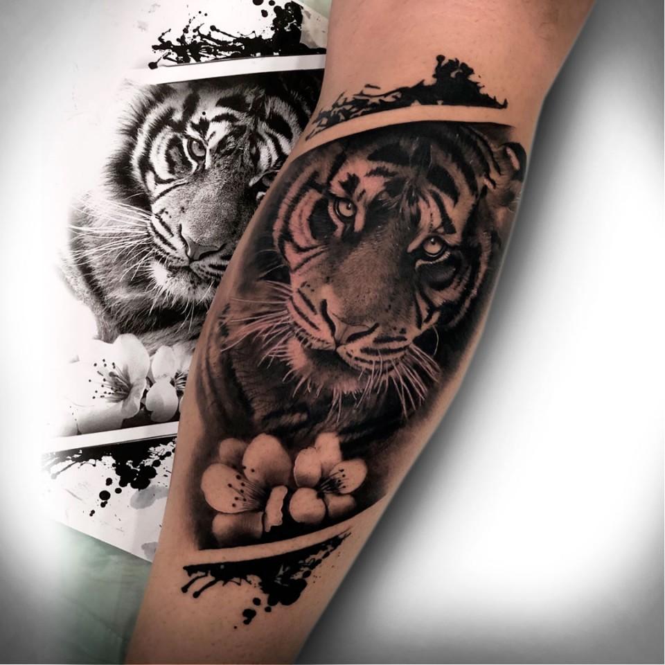 Buho Tatuaje Mandala galería de tattoos - seven arts :: tattoo & piercing